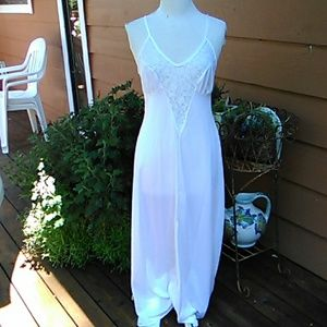 Other - Lovely Nightgown